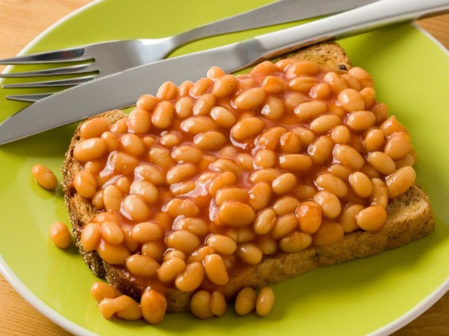 Baked-Beans-on-toast