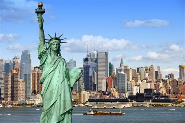 statue_of_liberty_and_newyork_city