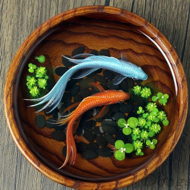 The-artist-creates-amazing-paintings-of-fish-in-3D