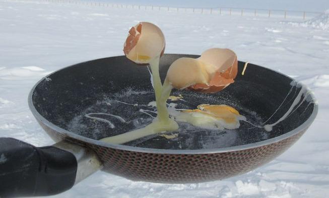 cooking-food-antarctica-cyprien-verseux8-5bbc51e4573a8__700