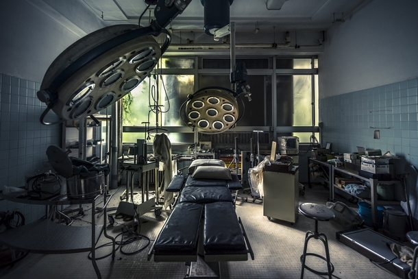 abandoned-hospital-in-japan-by-yousuke-46769