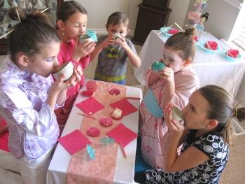caitlyns-japanese-birthday-partycousins