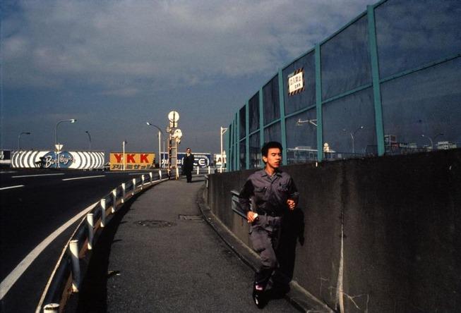 tokyo-1970s-photography-greg-girard-5d009bf94efab__880