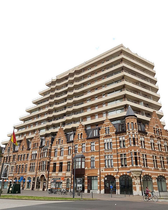 ugly-belgian-houses-25-5cab0a428b48c__700