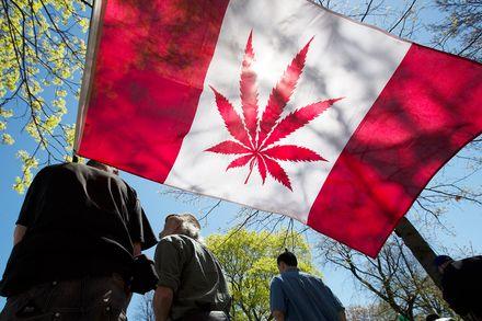canada-legalizing-weed-oct-17-2018