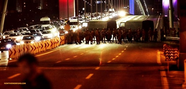 turkey-military-stages-coup-takes-over-country-933x445