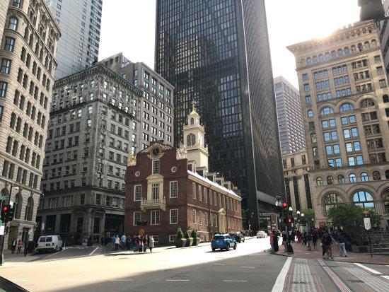 boston-town-crier-tours