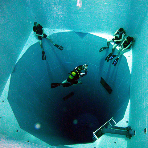 Nemo33-Design-Spotlight-Gear-Patrol-1