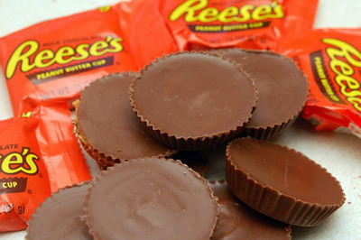 Reeses_Peanut_Butter_Cups_5912