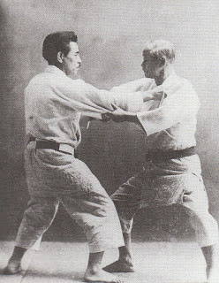 Jigoro_Kano_and_Kyuzo_Mifune