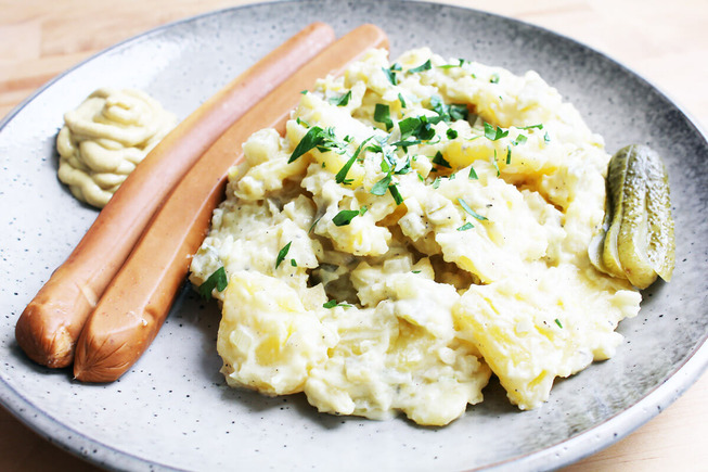 vegan-potato-salad-with-sausages-4
