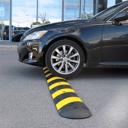 0002809_speed-bumps-rubber-1