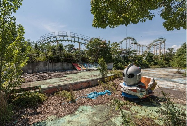 170210111049-japanese-abandoned-theme-park-4-super-169