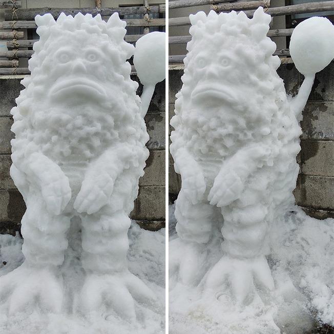 amazing-snow-sculptures-japan-6006bcae0a8d6-png__700