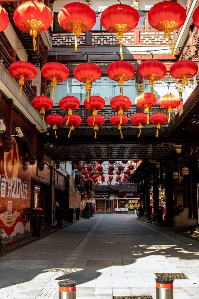 coronavirus-outbreak-empty-shanghai-streets-photos
