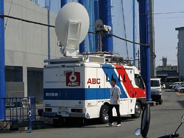 朝日放送(ABCテレビ)の中継車