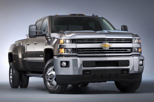 2015-Chevrolet-Silverado-3500HD-LTZ-front-three-quarters-view