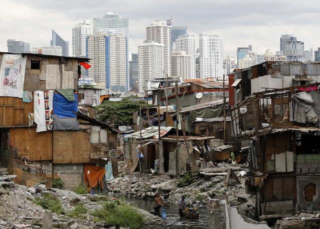 epa-20141227-poverty-shanties-pasay-001-640
