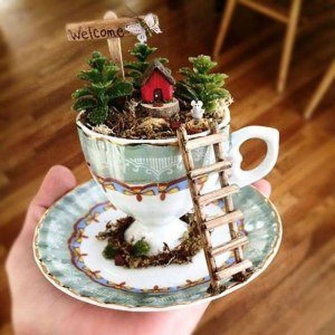 adorable-mini-tea-gardens-5e984bb6a62b9__700