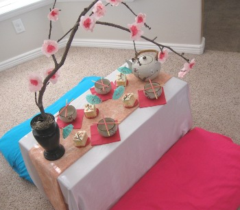 caitlyns-japanese-birthday-partytablesetup