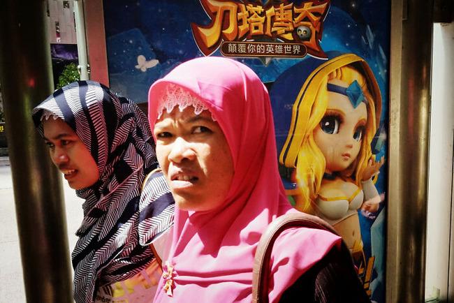 street-photography-edas-wong-57-5fc5f5245e65d__700