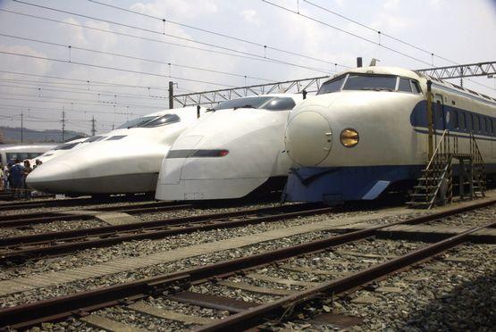 Shinkansen-0_300_700