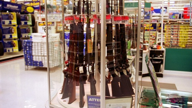 150625062052-wal-mart-guns-2-exlarge-169