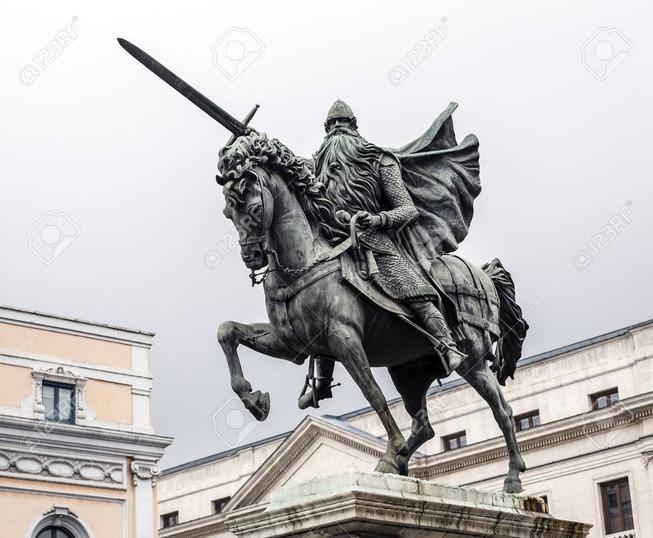 38784827-ブルゴス、スペイン、el-cid-の騎馬像