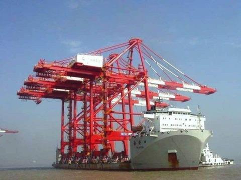 cargo_ships_17