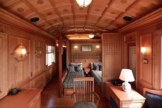 traveling-japanese-trains-inside-look-5c63d8b112aeb__700