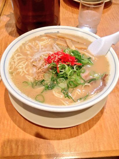 01 - White miso tonkotsu ramen