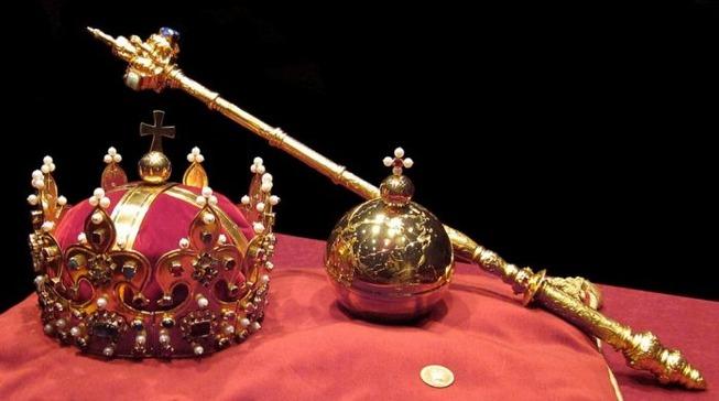 Crown-Jewels-700x390