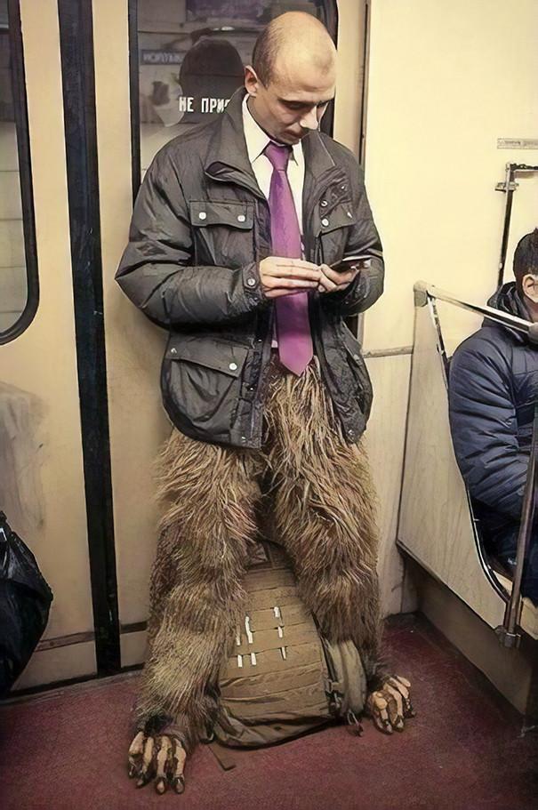 funny-people-on-subway-47-5b30f08724b45__605