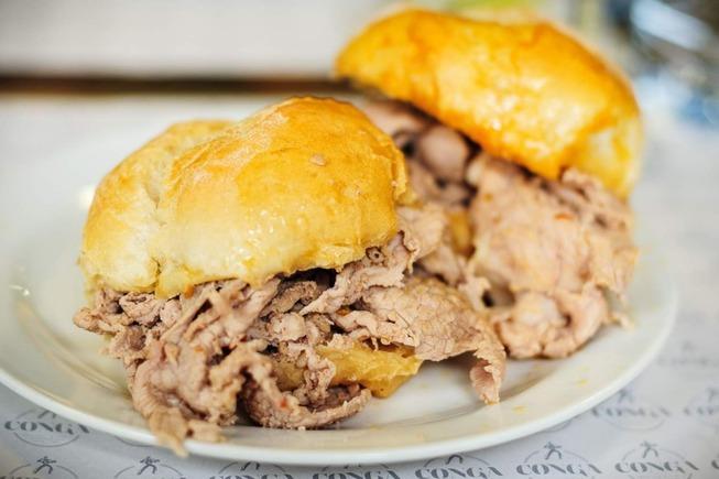 bifana-sandwich-portugal-food