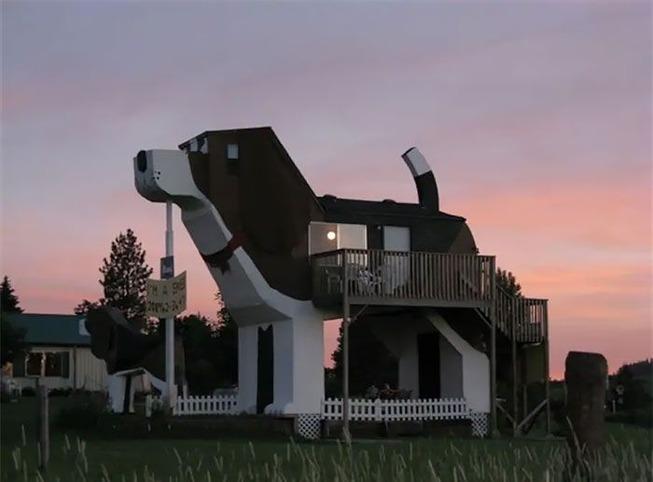 coolest-unique-best-rent-houses-airbnb-11-5cefe44cb1525__700