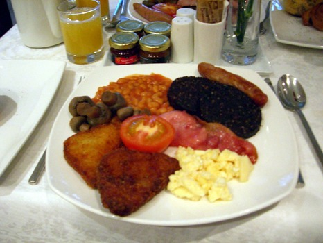 1280px-Full_English_Breakfast