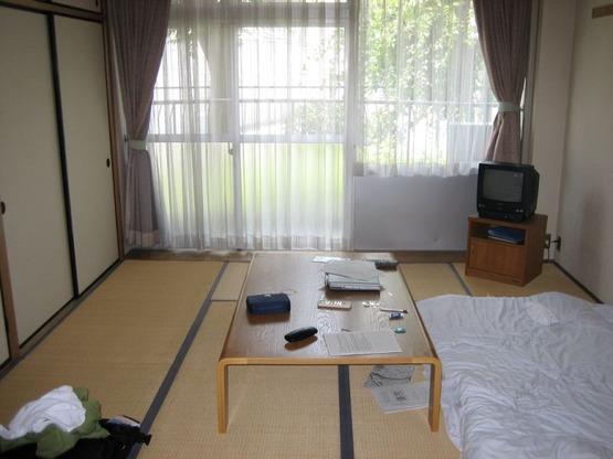japan-apartment-206482700_9161de7239_b