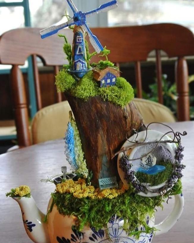 adorable-mini-tea-gardens-5e984bfa6a920__700