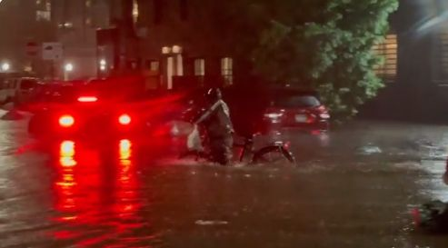nyc-flooding-hurricane-ida-14-6131c2857795a__700 (1)