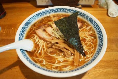 チャーシュー麺魚介大盛
