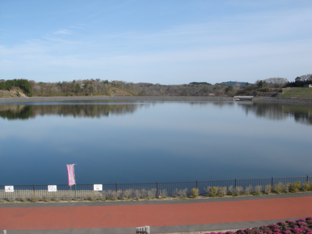 芳賀の水晶湖