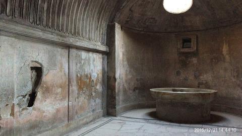 151221-440_脱衣場跡左の壁に床暖房の仕掛