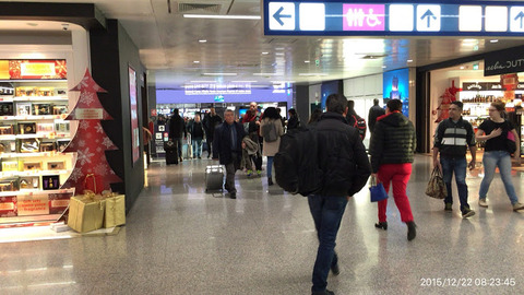 151222-010_ローマ空港