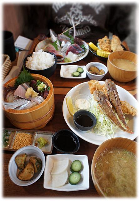 平塚 漁港 の 食堂