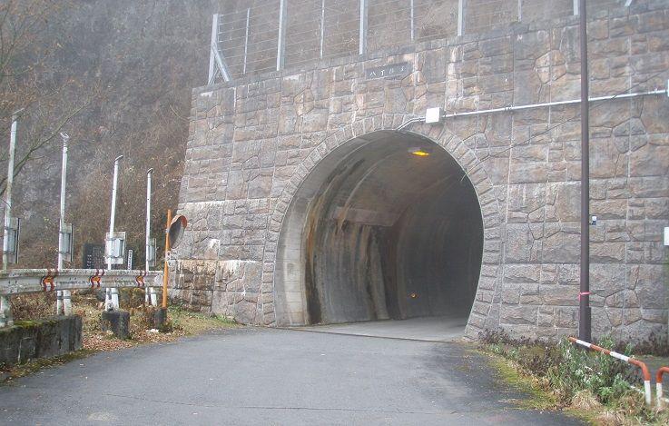 12,八丁トンネル - コピー