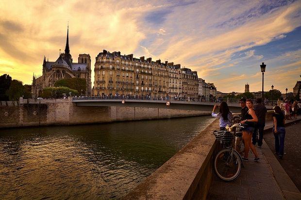 パリでメシを食う。 川内有緒 幻冬舎