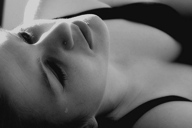 『悲しむのは、悪いことじゃない』 画像 香山リカ 筑摩書房 指南書
