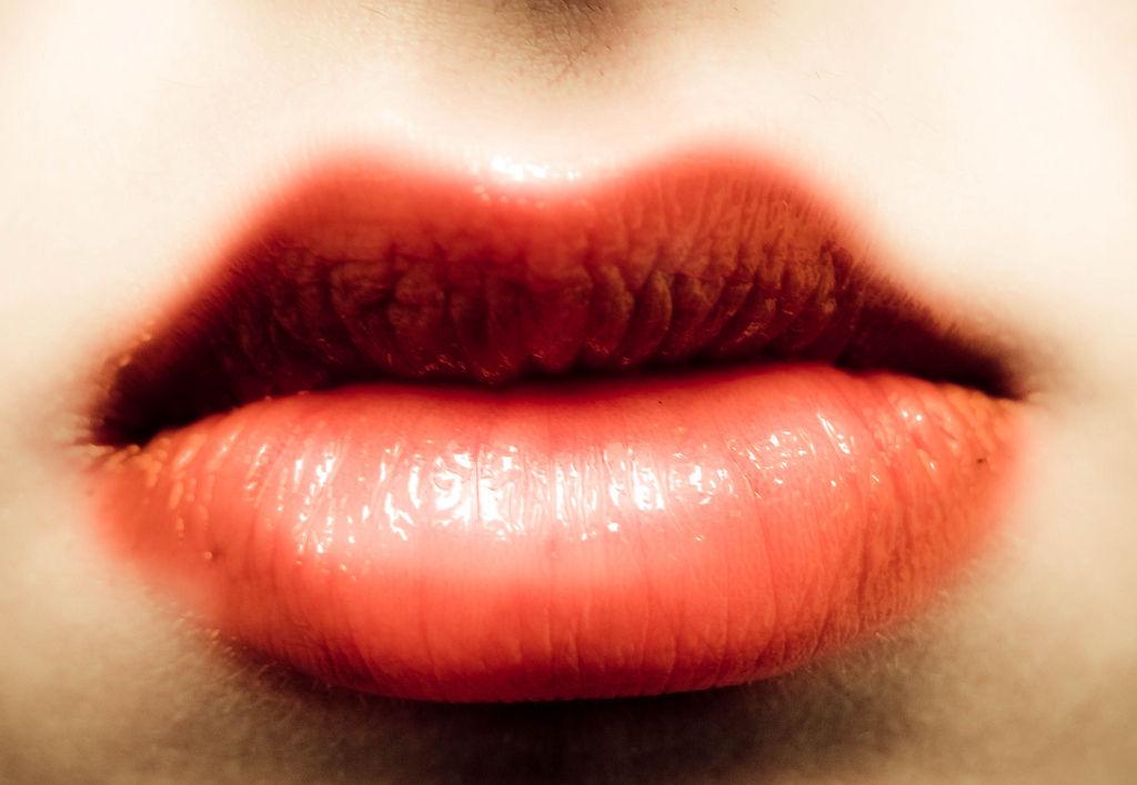 口元から美人になる 52の法則 画像 口元美容 石井さとこ ホワイトニング 講談社