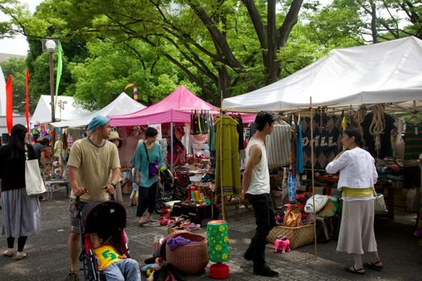 アースガーデン 代々木公園 夏 サマーナイトマーケット