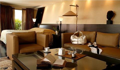 ホテル メトロポール モンテカルロ 画像 モナコ 旅行 コートダジュール